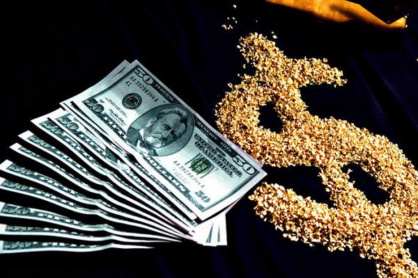 Доллары, золото и фиатные валюты